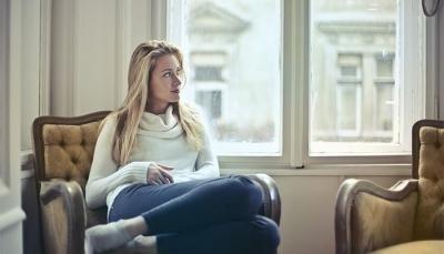 Premenstruaalne sündroom ehk PMS - väsimus, akne, kõhuvalu enne päevi