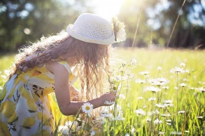 Kuidas kaitsta laste õrna nahka lõõmava päikese eest?