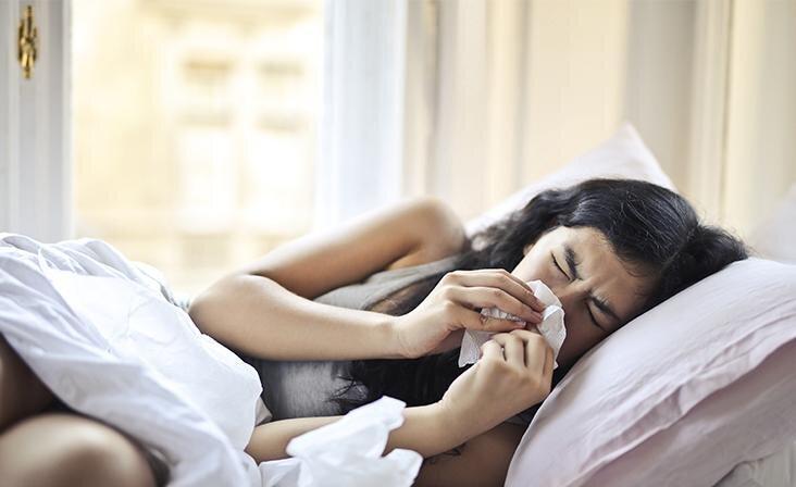 Soolveega ninasprei niisutab ja kaitseb
